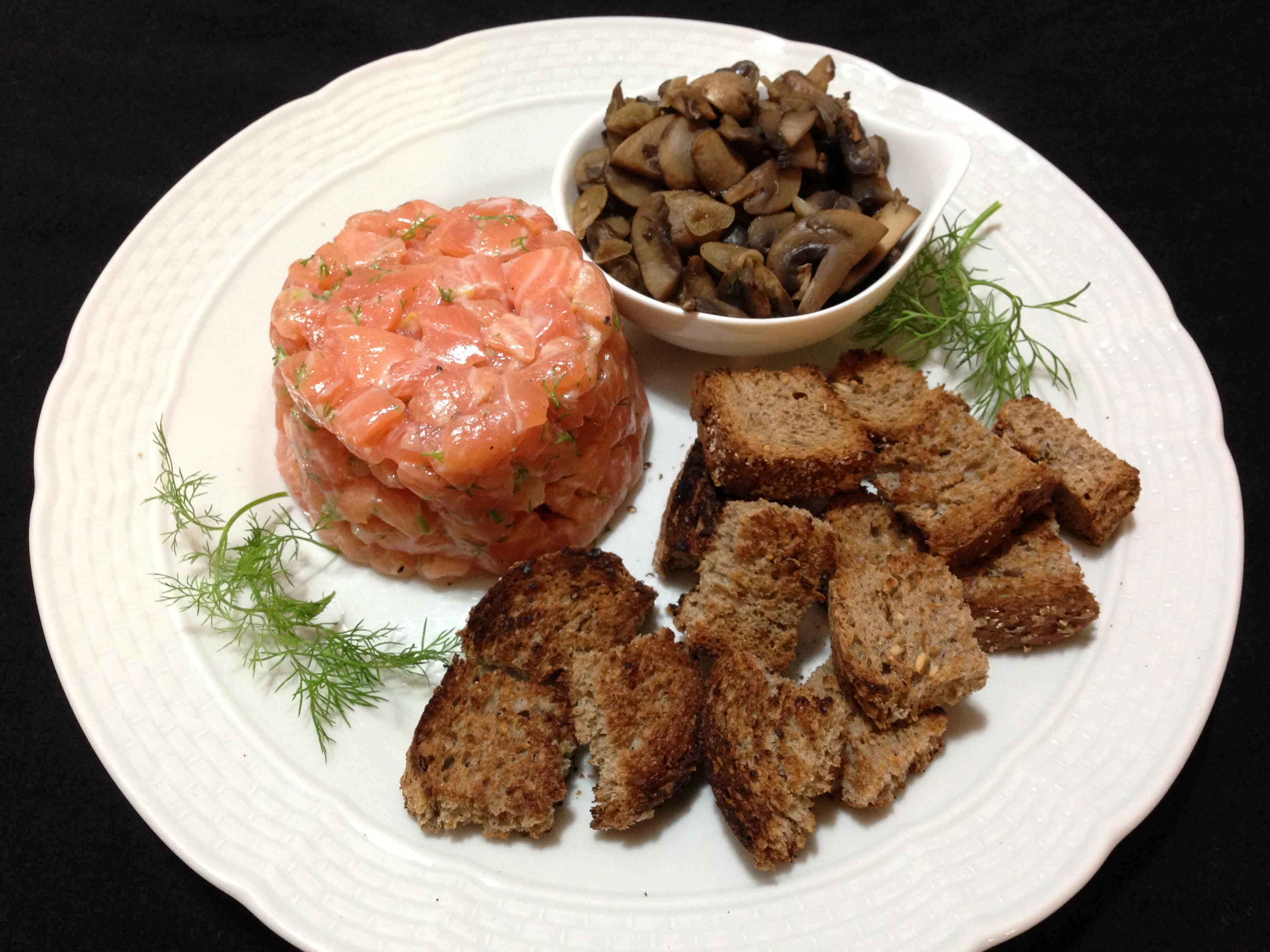 Tartare de salmão: opção saudável e perfeita para a dieta