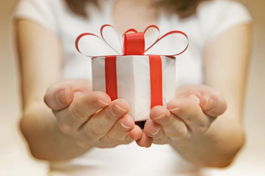 Como escolher o presente certo para o amigo secreto