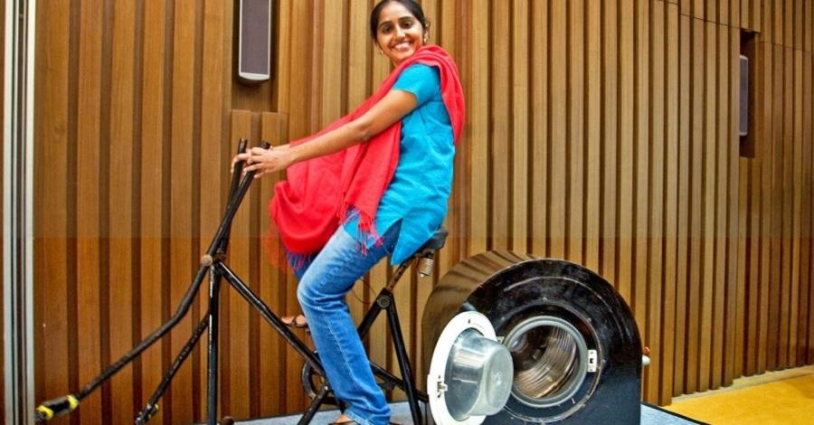 Máquina sustentável lava roupas e ajuda a emagrecer