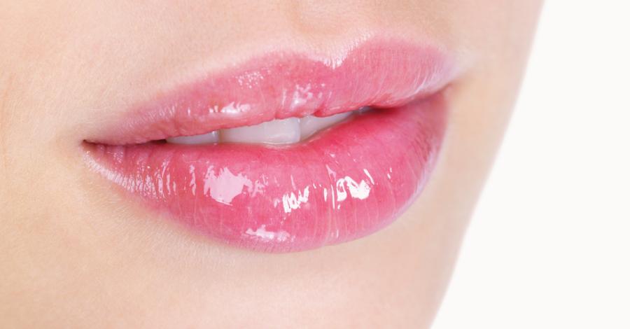 Hidratação labial: saiba como manter os lábios protegidos