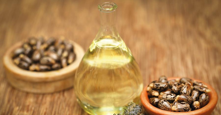 Óleo de rícino nos cabelos: restaura, fortalece e faz crescer