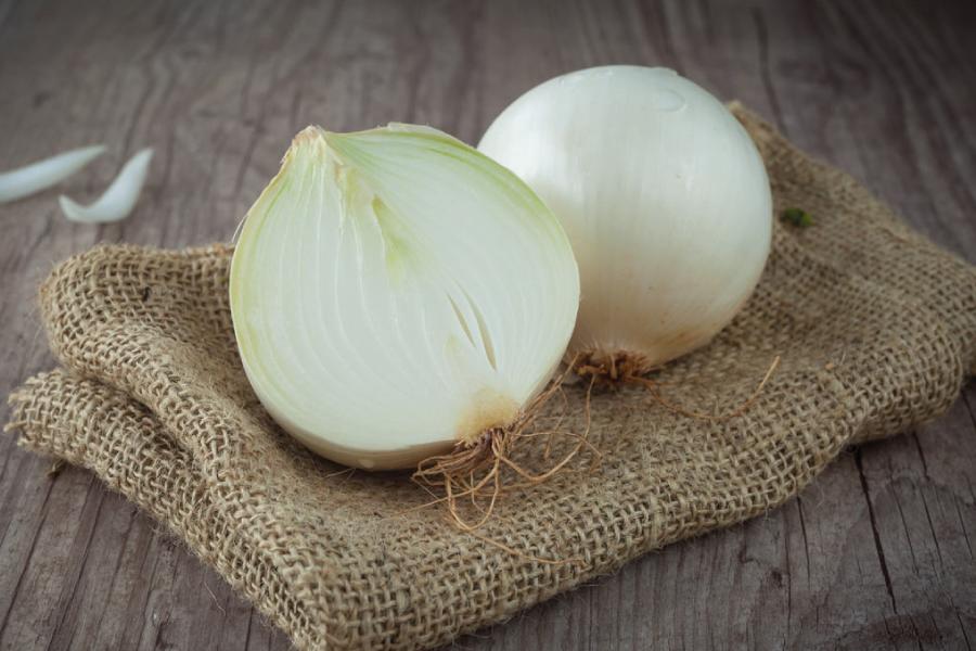 Benefícios da cebola na alimentação saudável