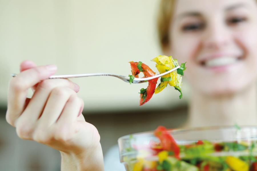 Cardápio low carb: receitas para manter a dieta