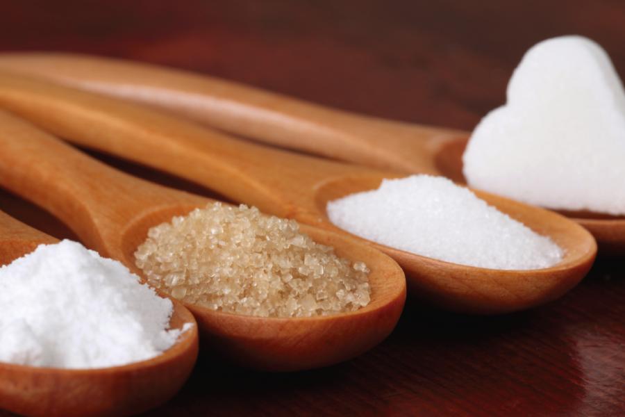 Tipos de adoçante: stevia, xilitol, agave, aspartame, sacarina e sucralose